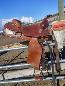 Nice Western Pleasure Saddle with Silver