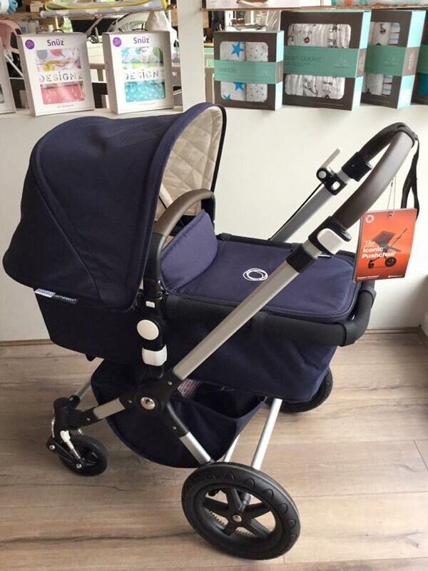 Bugaboo Cameleon 3 Classic In Navy Ex Display In St