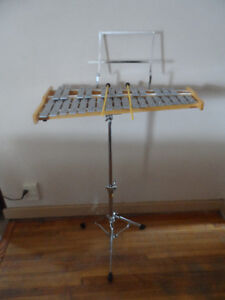 Pearl Student (Xylophone) Bell Kit W/ Practice Pad And Case