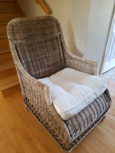 Large wicker chair brand new condition