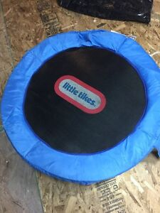 Little Tikes kids Trampoline