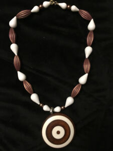 Fun Vintage Bullseye Necklace Brown and white $15