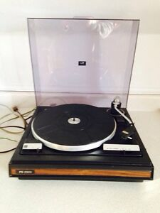 Vintage BSR McDonald PS 2320 Belt Drive Automatic Turntable