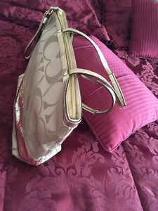 Coach bags for Sale Kitchener / Waterloo Kitchener Area image 2