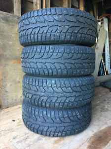 Four Studded Winter Tires 255 / 55 R18