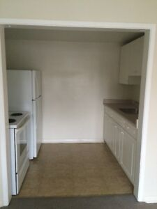 OLD SOUTH 1 Bdrm. (DO NOT REPLY WITH EMAIL)