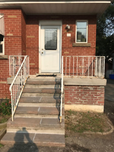 SUMMER SUBLET - LESS THAN 5 MIN WALK TO MCMASTER