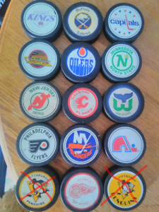 TEXACO GAS STATION HOCKEY PUCKS