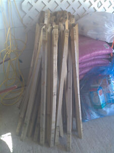 81 wooden spindles for outdoor deck