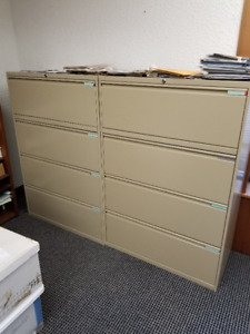 Four Drawer Lateral Filing Cabinet for Hanging Files w/keys