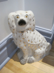 Chien en porcelaine - Porcelain dog