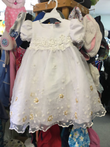 ROBE FILLETTE - 2-3 ANS (MARIAGE)