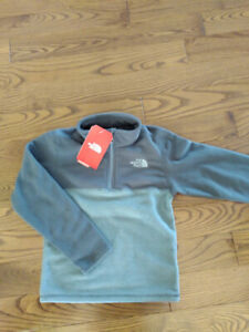 Chandail North Face NEUF
