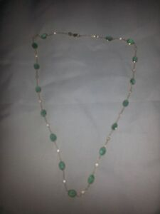 Several peices of nice Jewelry, makes the perfect Christmas gift