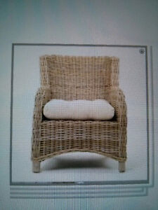 LOOKING FOR WICKER CHAIR
