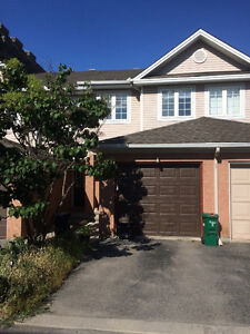 2 Bedroom townhouse walking distance to experimental farm