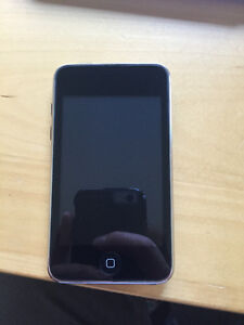 8 gb Ipod touch