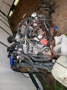 2006 lbz duramax diesel engine/  transmission/ and transfercase