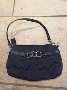 Coach clutch - Excellent Used Condition