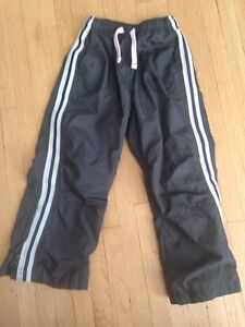 Osh kosh size 4 lined wind pants