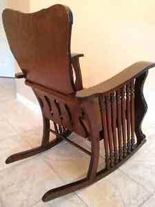 Antique Oak - 7 Spindle Rocking Chair Kitchener / Waterloo Kitchener Area image 8