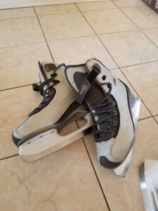 Skate shoes for sale