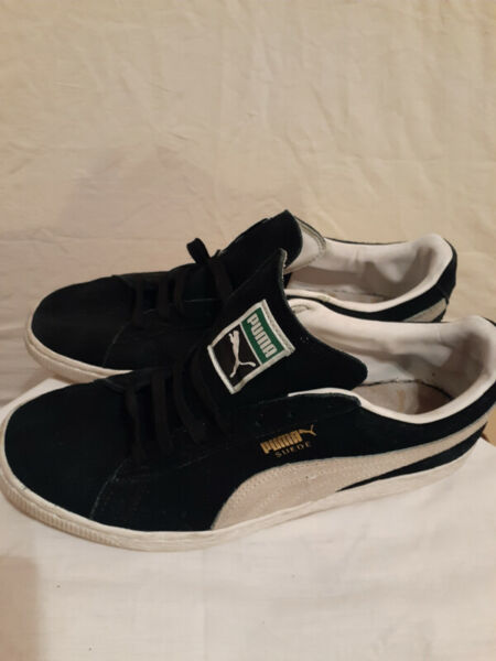 Puma shoes for man.  clean.  sell @$23.  retail: $110 incl.
