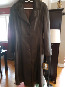 Ladies brown leather jacket with tags. From the Old Hide House