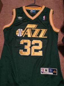 Karl Malone Utah Jazz jersey- size Medium