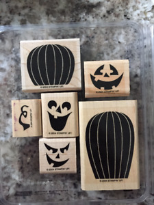 Craft decorations for Halloween with CARVED & CANDLELIT pumpkins