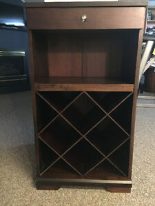 Beautiful Wine Cabinet in Great Condition