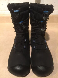 Women's Keen Dry Hiking Boots Size 6.5 London Ontario image 2