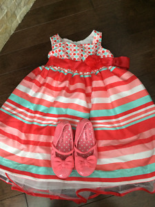 Girls dresses...Sizes 3T to 4T