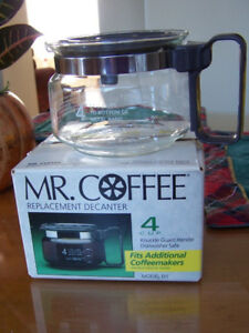Mr. Coffee Glass Decanter 4-Cup
