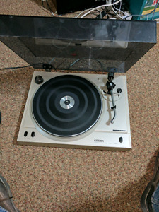 Vinyl player for sale