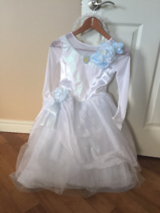 Disney Cinderella dress - size 8