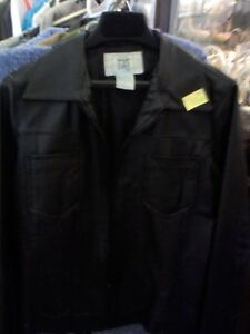 LEATHER JACKET in HEARTBEAT Thrift Store/BayView Mall Belleville Belleville Area image 1