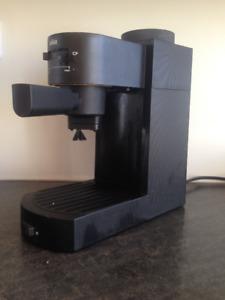 Machine à Espresso - BRAUN