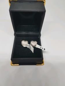 Silver pandora heart charms