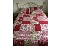 Patchwork Effect Quilt with 2 Pillowshams - Reversible Quilt