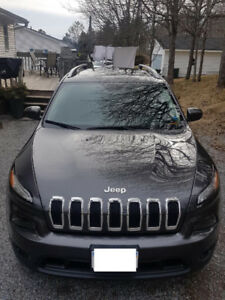 2016 JEEP Cherokee NORTH Edition - Low KMs - Panoramic moonroof