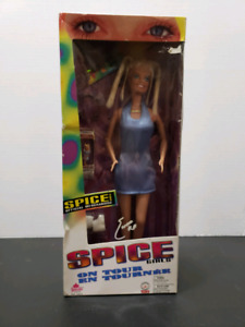 SPICE GIRLS ON TOUR COLLECTORS DOLL*NEW IN BOX*