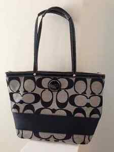 Authentic Coach Tote in Black/Grey