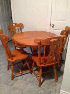 Sold oak table set