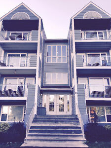 2.75% Realty Inc., Gorgeous Condo Apartment, Bedford