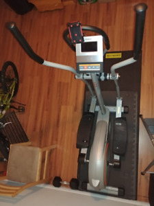 Tempo Fitness 605E Elliptical Machine (negociable)