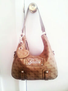 AUTHENTIC, VAL'S DAY(Special Edition), GUESS PURSE!!