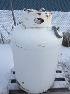 Propane Pig tanks 453 litre, also have 80#,100# propane