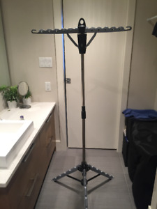 Portable Coat/Clothes rack
