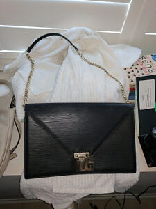 AUTHENTIC REBECCA MINKOFF PURSE MINT CONDITION